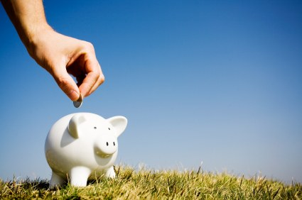 piggy bank saving money tips